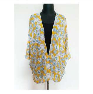 Outer in Yellow