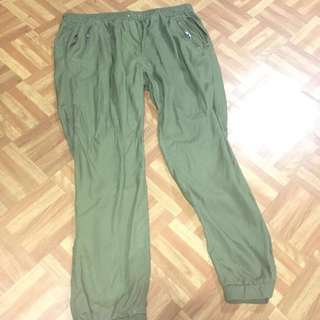 Plus size jogger pants (size 16)