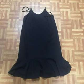 Plus size black dress (4XL)