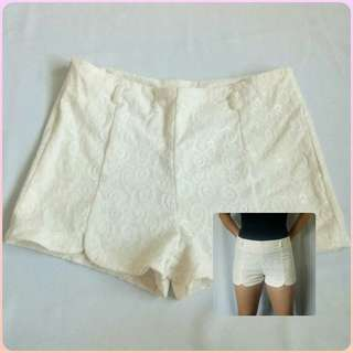 White Lace Highwaist Shorts