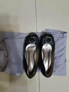 🚚 魚口鞋