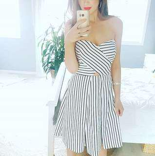 Super cute ASOS skater dress - strapless - black and white stripe💃🏻 size 10 - worn once