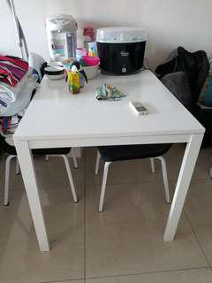 4Chair + table ..1枱4椅