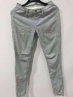 Uniqlo celana legging stripes hitam putih