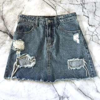 Distressed a-line denim skirt size 6