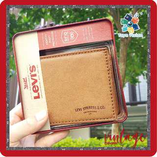 全新 Levi's Vintage Brown Leather Mens' Wallet 真皮銀包, 淺啡色