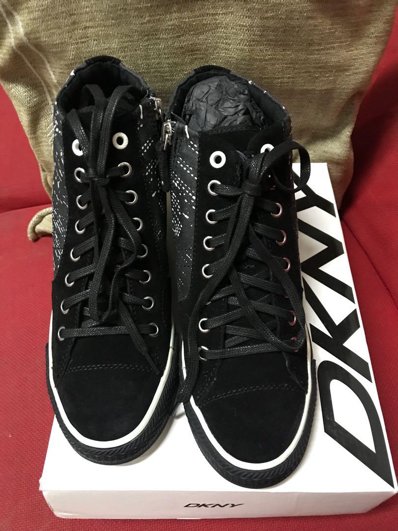 9df8755cddac DKNY Cindy Printed Wedge Sneaker