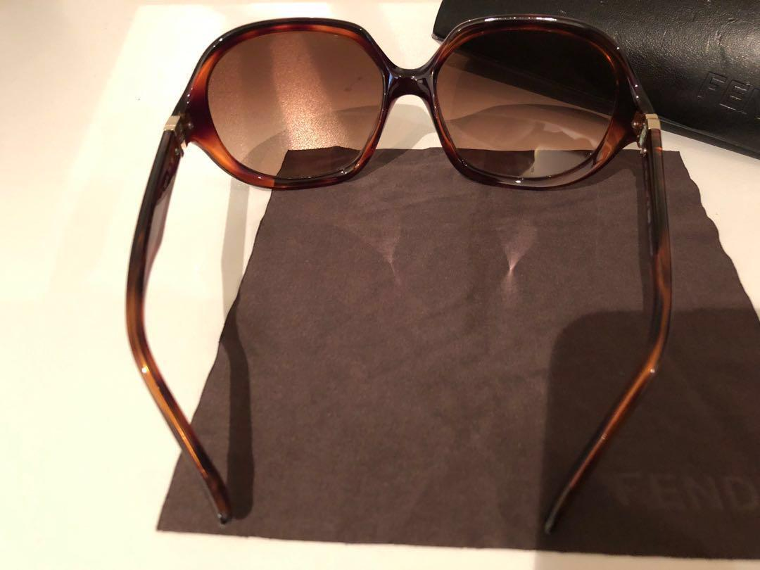 FENDI sunglasses square brown flat