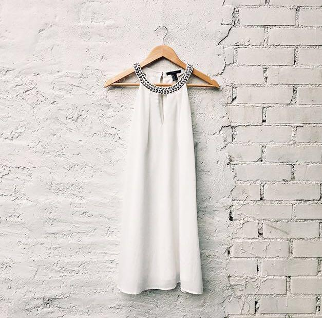 Forever 21 A-Line white occasion dress - size small - worn once. BEAUTIFUL 💕