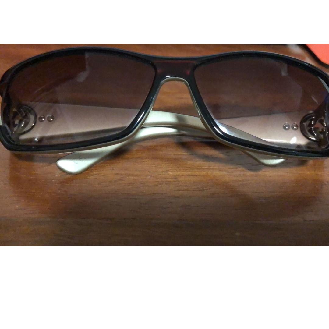 a63075d27e5 Gucci Ladies Sunglasses