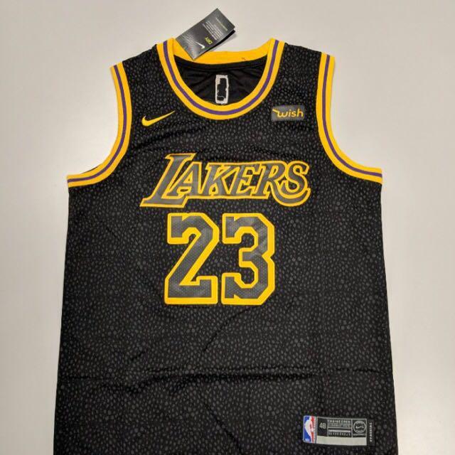 sale retailer 8c08b ea308 Lebron James Lakers jersey size L, Sports, Sports Apparel on ...