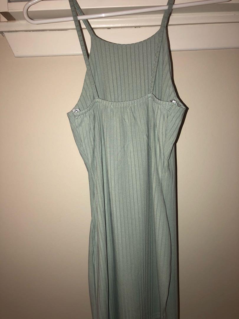 Light green Dress Missguided Size 0/XS