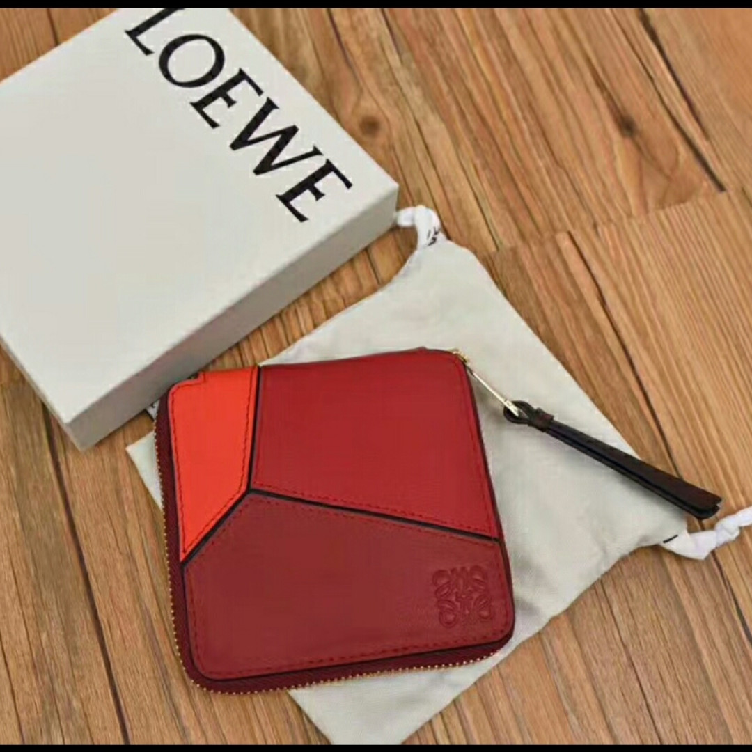 68f4300ed3c597 Loewe Puzzle Red Bifold Wallet, Men's Fashion, Bags & Wallets ...