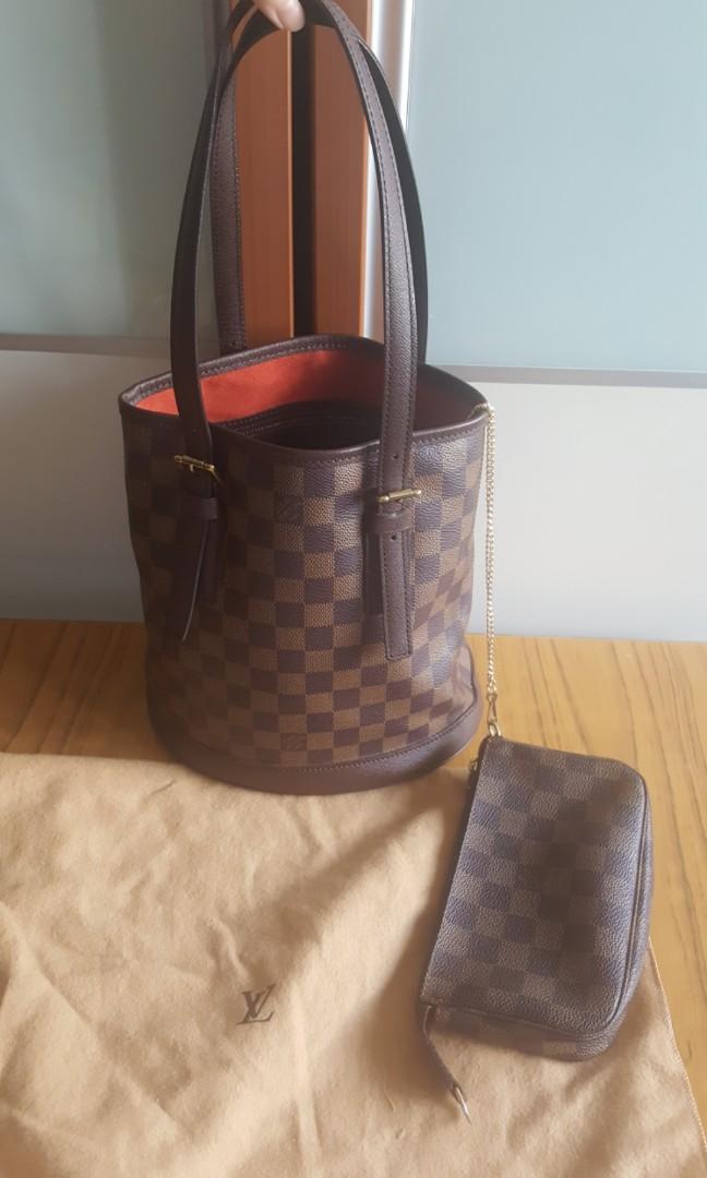 fd3827fe778d Louis Vuitton Damier Ebene Marais LV Petite Bucket Tote and Wallet ...