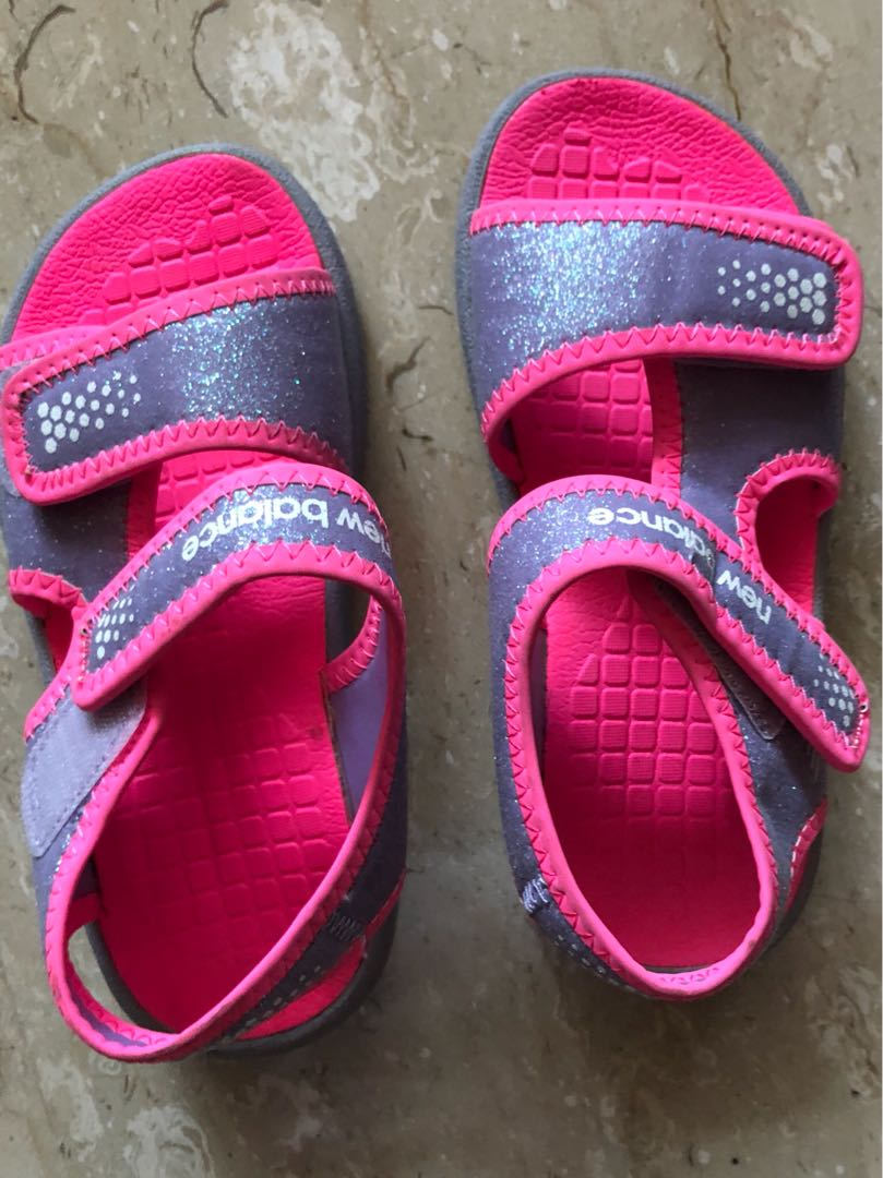 2cc3b45b48994 New balance kids Sandals, Babies & Kids, Girls' Apparel, 4 to 7 ...