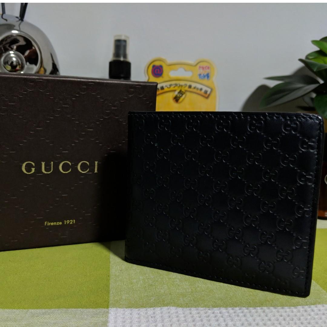 Preloved Blue Gucci Men s Wallet - Authentic 78c360b95b73c