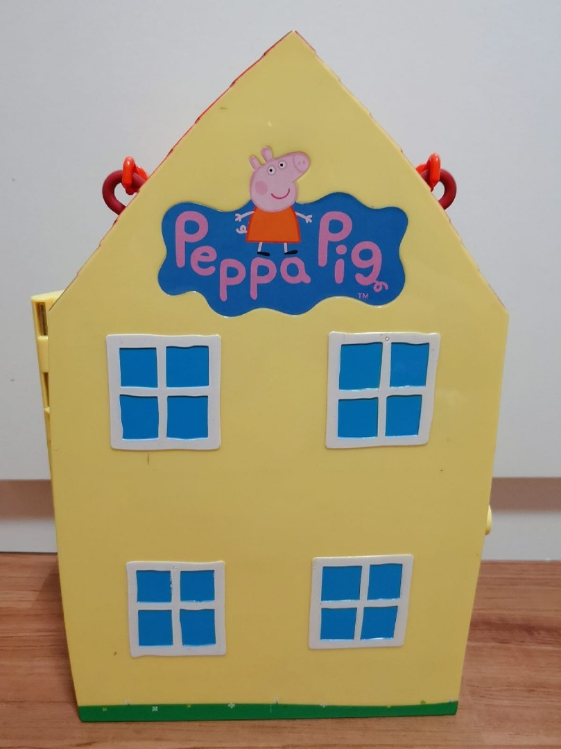 Moving Out Pre Loved Peppa Pig House With Characters