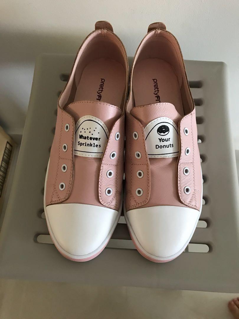 1e4c969fa29 Pretty Fit Pink sneaker no shoelace, Women's Fashion, Shoes ...