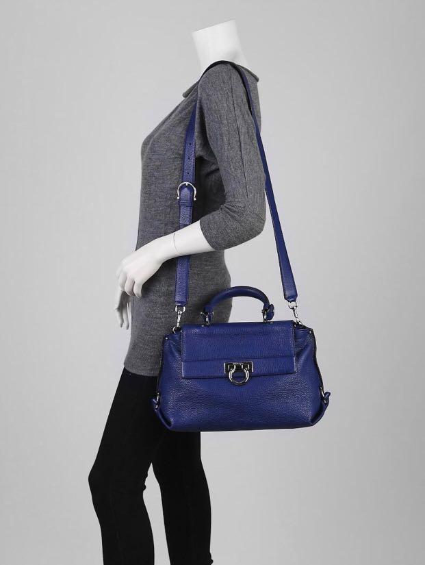 c3895e5eb1f9 Salvatore Ferragamo Sofia Medium Bag