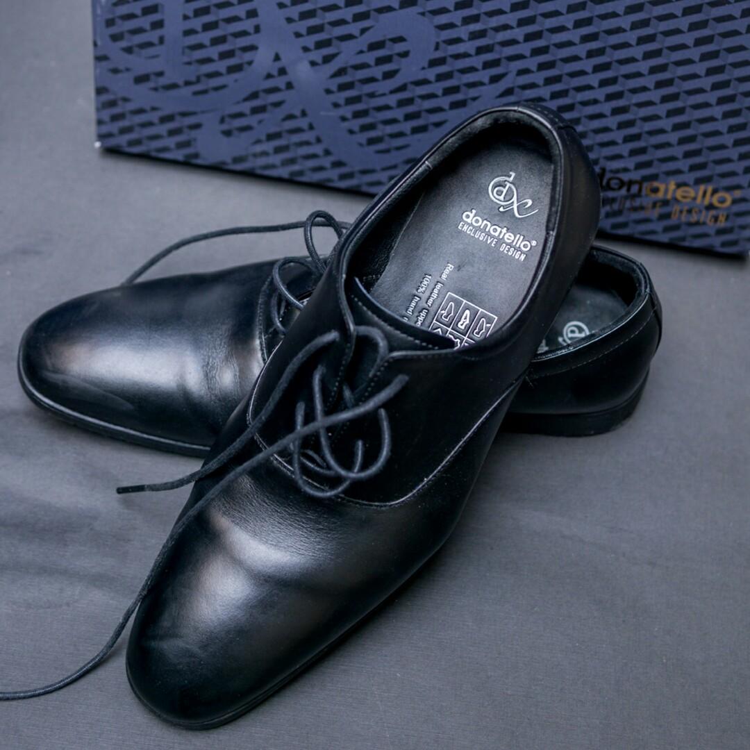 Sepatu cowo c7d6ceb7ff
