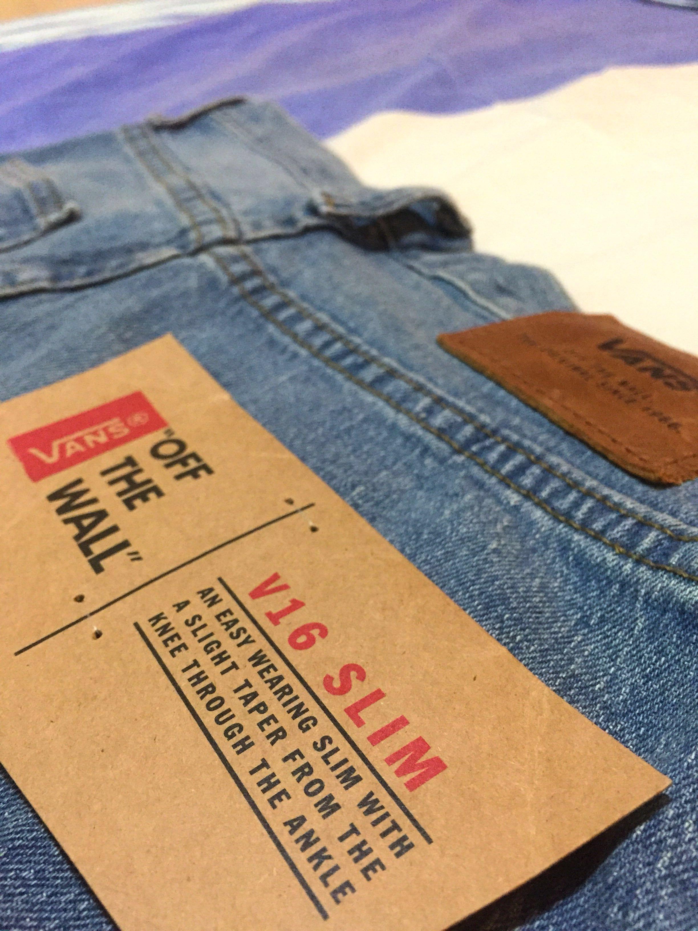 dbe8a5c25dbb88 VANS V16 Slim Stone-washed Jeans
