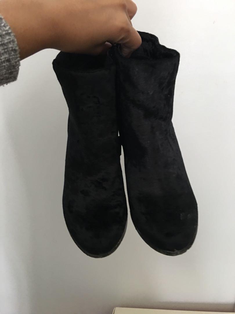 Velvet black boots size 8