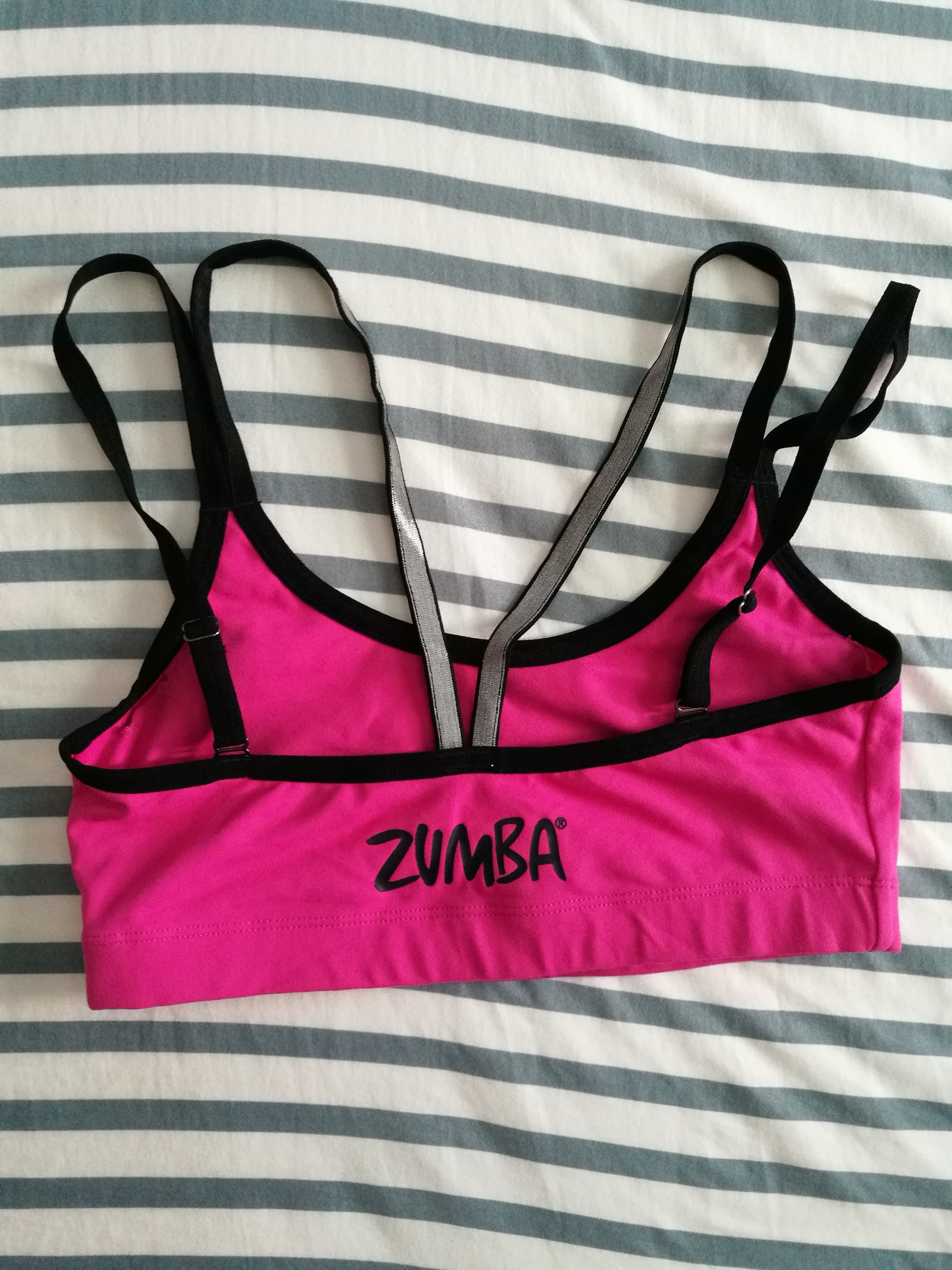 812fd79eb9450 Zumba cropped top sports bra size M
