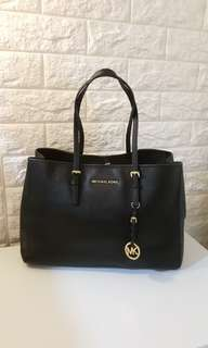 Auth Michael Kors Soft Saffiano Tote Bag coach kate spade