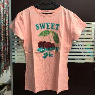 Sweet cherry pie peach tee
