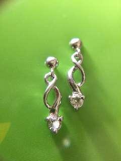 ✨ Pt900 鉑金 天然鑽石耳環 ✨