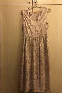 👗: (NEW) Long Beige Dress