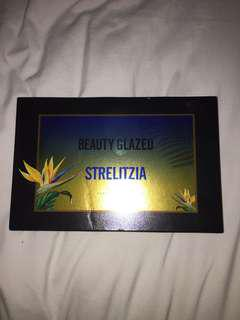 Beauty Glazed Strelitzia Eyeshadow Pallet
