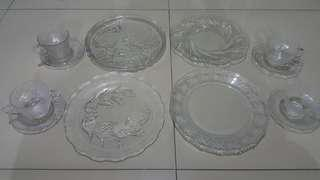 Porcelain & Glass plates, bowls, cups & saucers