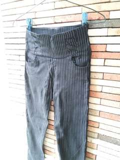 Trendy striped Trouser