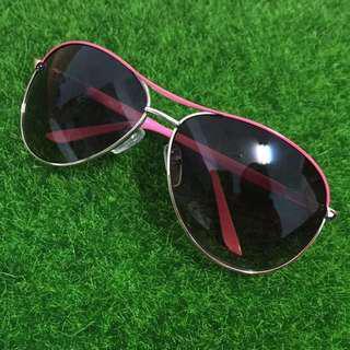 🚚 墨鏡  太陽眼鏡  眼鏡  鏡框 (無盒)