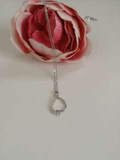 repriced selling low 18k Whitegold infinity Necklace with Diamonds
