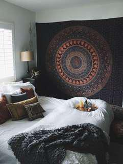 UO Tapestry