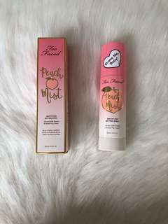 Too Faced Mattifying Peach Mist Setting Spray