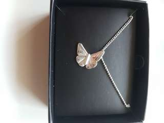 new in box! silvertone butterfly pendant necklace