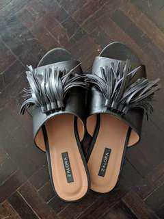 Black Zalora Slippers