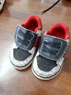 DC Kids Shoes / Kasut Budak