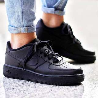 Black Nike Air Force 1 Lows