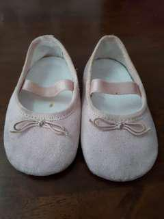 H&M Baby Shoes / Kasut baby