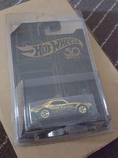 Hot Wheels Black Gold Edition - CAMARO GOLD MASTER PIECE