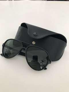 Ray Ban Men's Aviator Style Sunglasses (Black)
