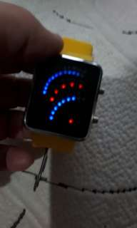 Date and time groovy yellow geneva watch