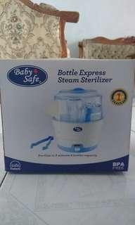 Baby safe bottle express steam sterilizer