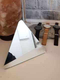 UO triangle mini mirror