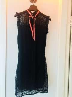 黑色lace連身裙