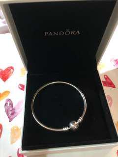 Pandora bracelet 手扼
